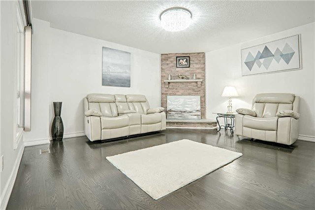 Link at 28 Fordcombe Cres, Markham, Ontario. Image 15