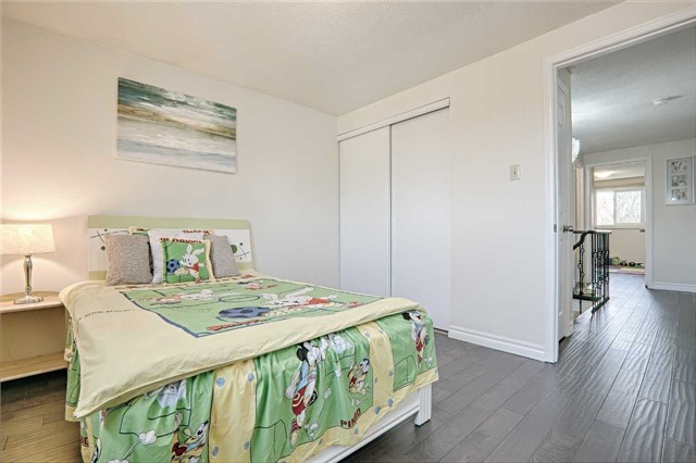 Link at 28 Fordcombe Cres, Markham, Ontario. Image 2