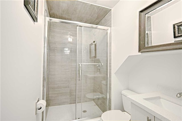 Link at 28 Fordcombe Cres, Markham, Ontario. Image 10