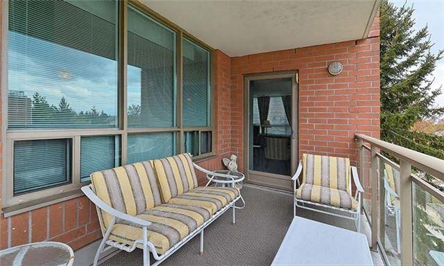 Condo Apartment at 55 The Boardwalk Way, Unit 307, Markham, Ontario. Image 17