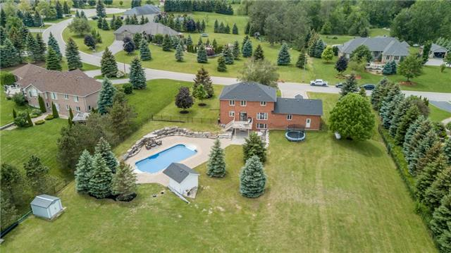 Detached at 95 Kilkenny Tr, Bradford West Gwillimbury, Ontario. Image 1