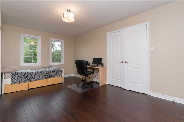 Detached at 164 Stave Cres, Richmond Hill, Ontario. Image 17