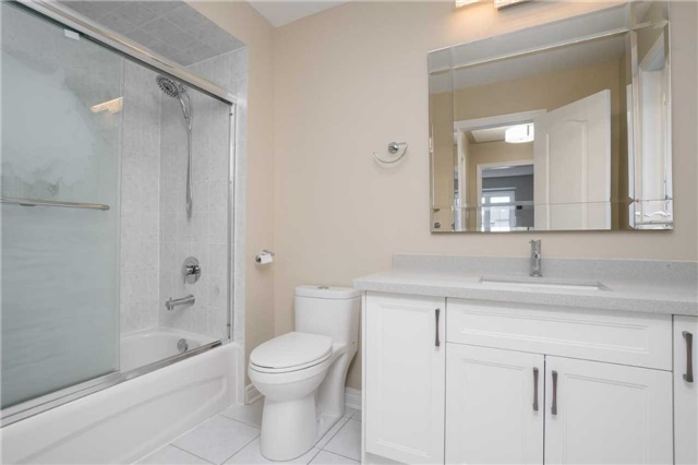 Detached at 164 Stave Cres, Richmond Hill, Ontario. Image 19