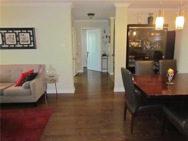 Condo Apartment at 7 Townsgate Dr, Unit 1502, Vaughan, Ontario. Image 7