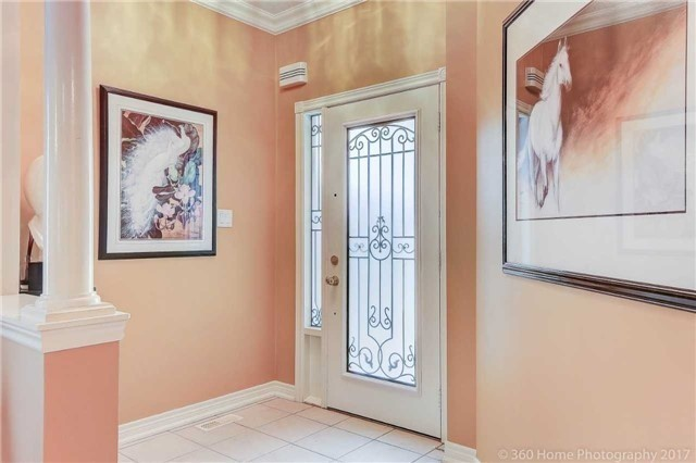 Detached at 14 Bel Canto Cres, Richmond Hill, Ontario. Image 14