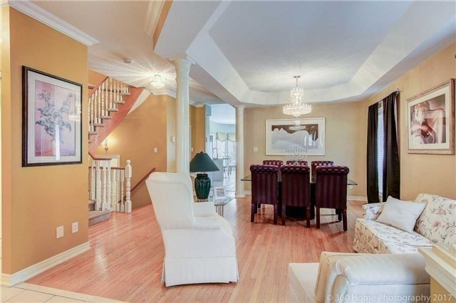 Detached at 14 Bel Canto Cres, Richmond Hill, Ontario. Image 15