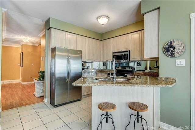 Detached at 14 Bel Canto Cres, Richmond Hill, Ontario. Image 20