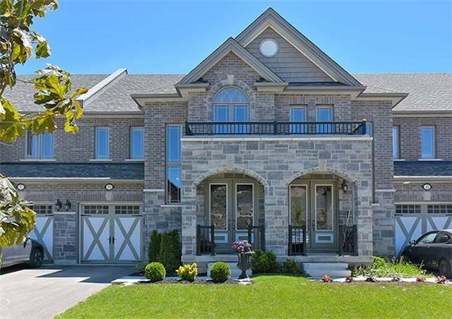 Townhouse at 39 Walker Blvd, New Tecumseth, Ontario. Image 1