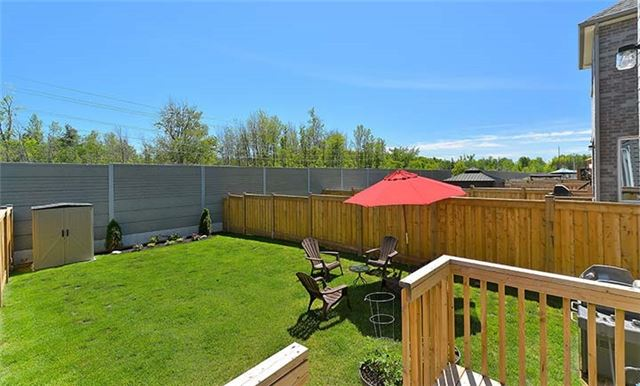 Townhouse at 39 Walker Blvd, New Tecumseth, Ontario. Image 13