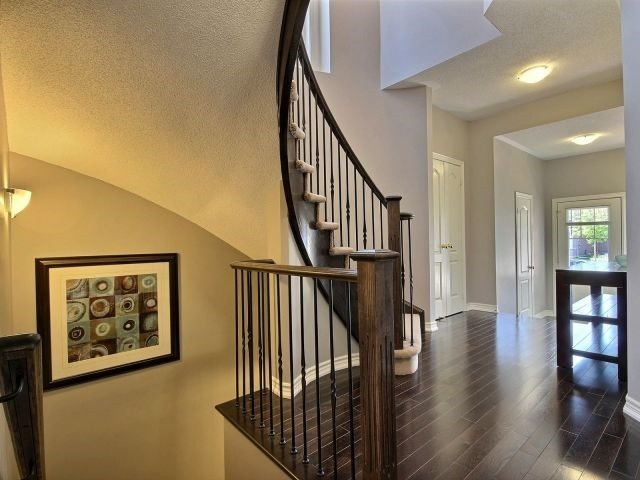 Townhouse at 132 Courtland Cres, East Gwillimbury, Ontario. Image 15