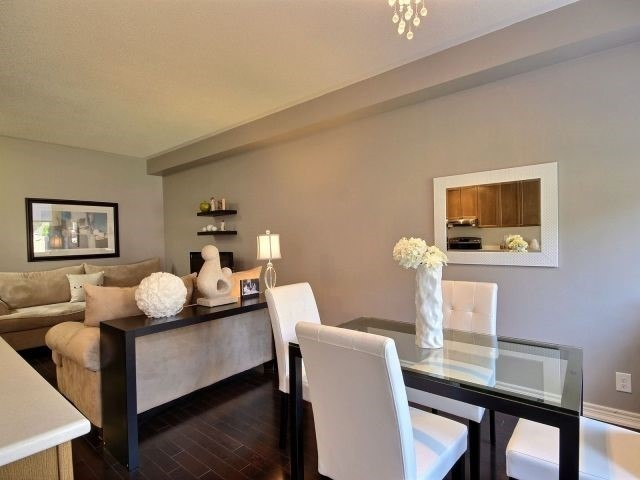 Townhouse at 132 Courtland Cres, East Gwillimbury, Ontario. Image 17