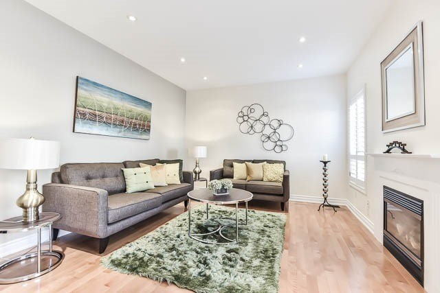 Detached at 133 Orchard Hill Blvd, Markham, Ontario. Image 19