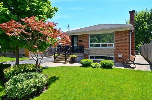 Detached at 282 Gells Rd, Richmond Hill, Ontario. Image 1
