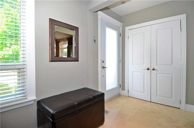 Detached at 282 Gells Rd, Richmond Hill, Ontario. Image 15