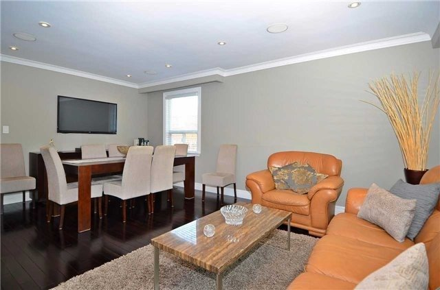 Detached at 282 Gells Rd, Richmond Hill, Ontario. Image 17