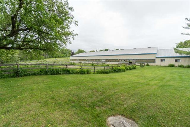 Detached at 3563 Vandorf Rd, Whitchurch-Stouffville, Ontario. Image 14