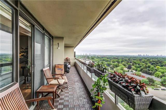 Condo Apartment at 8111 Yonge St, Unit 1611, Markham, Ontario. Image 7