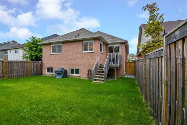 Detached at 154 Donald Stewart Cres, East Gwillimbury, Ontario. Image 11
