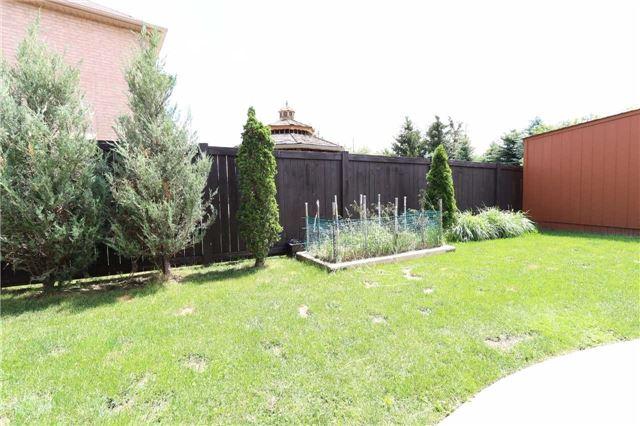 Detached at 47 Rota Cres, Vaughan, Ontario. Image 9