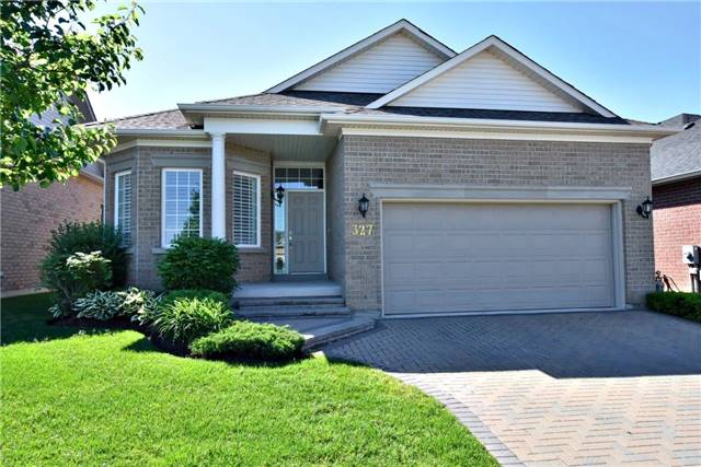 Detached at 327 Babe's Way, Whitchurch-Stouffville, Ontario. Image 1