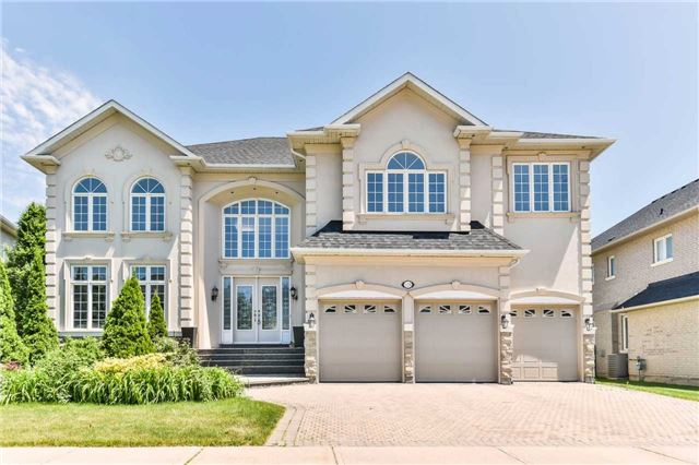 Detached at 125 Boake Tr, Richmond Hill, Ontario. Image 1