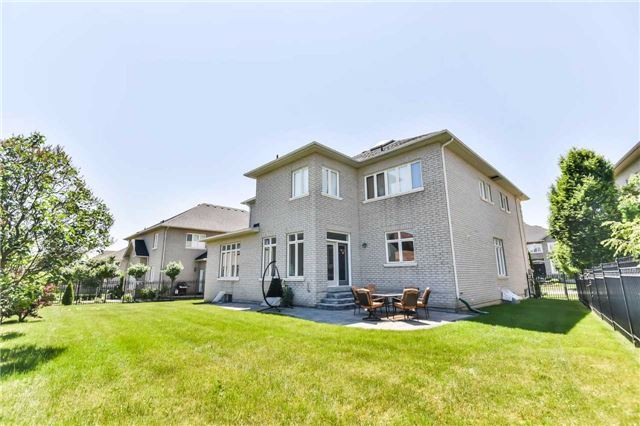 Detached at 125 Boake Tr, Richmond Hill, Ontario. Image 13