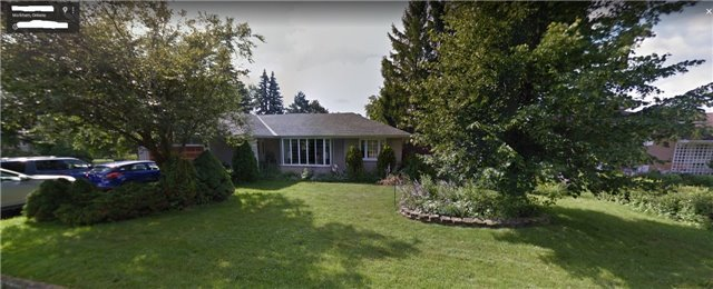 Detached at 165 Sherwood Forest Dr, Markham, Ontario. Image 2