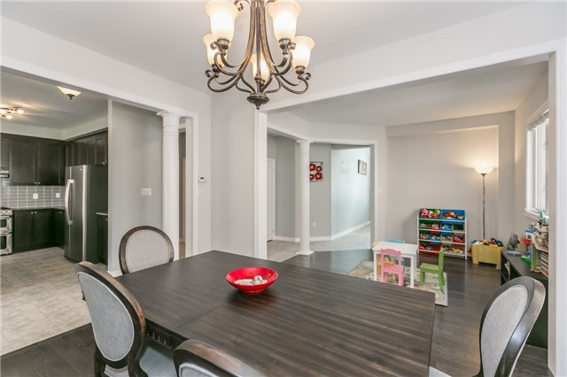 Detached at 1344 Lawson St, Innisfil, Ontario. Image 17