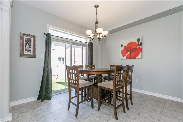Detached at 1344 Lawson St, Innisfil, Ontario. Image 2