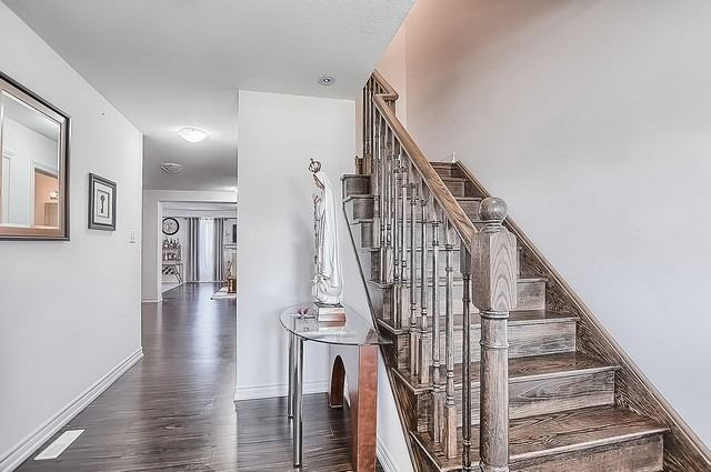 Detached at 2249 Sproule St, Innisfil, Ontario. Image 15