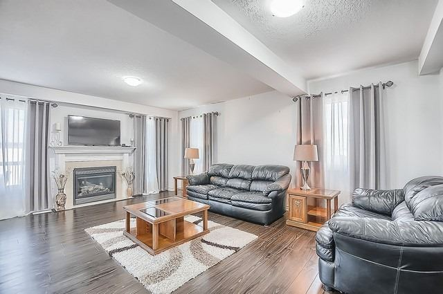 Detached at 2249 Sproule St, Innisfil, Ontario. Image 16