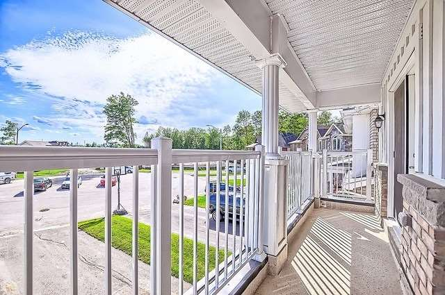 Detached at 2249 Sproule St, Innisfil, Ontario. Image 6