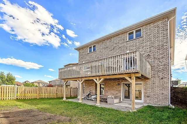 Detached at 2249 Sproule St, Innisfil, Ontario. Image 13