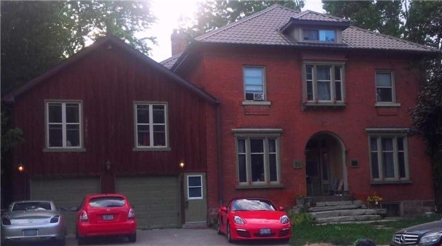 Detached at 38 Queen St S, New Tecumseth, Ontario. Image 1