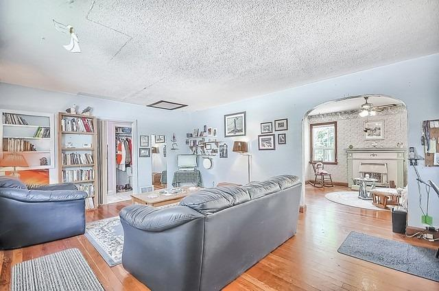 Detached at 30 Baker St, Whitchurch-Stouffville, Ontario. Image 17