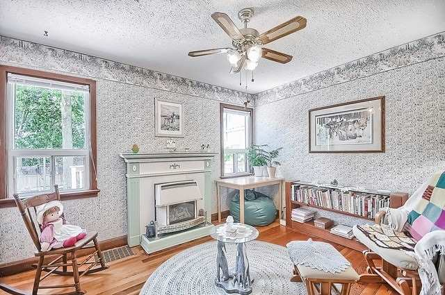 Detached at 30 Baker St, Whitchurch-Stouffville, Ontario. Image 18