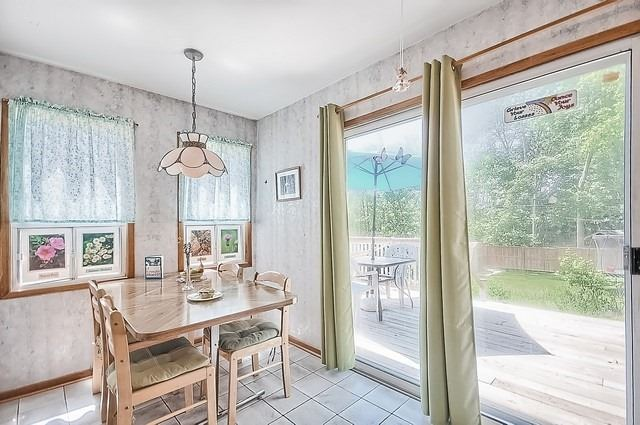 Detached at 30 Baker St, Whitchurch-Stouffville, Ontario. Image 6