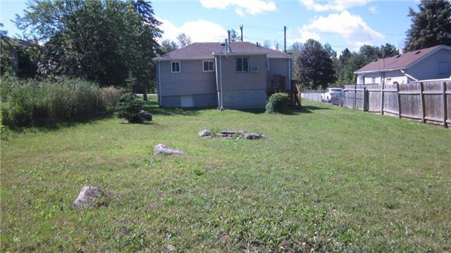 Detached at 146 Morton Ave, Georgina, Ontario. Image 3