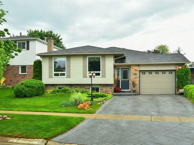 Detached at 30 Hammell Blvd, New Tecumseth, Ontario. Image 1