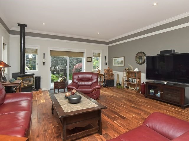 Detached at 30 Hammell Blvd, New Tecumseth, Ontario. Image 15