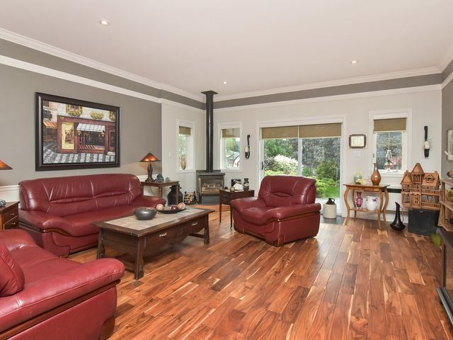 Detached at 30 Hammell Blvd, New Tecumseth, Ontario. Image 16