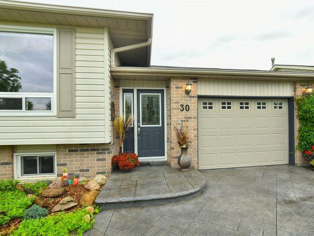 Detached at 30 Hammell Blvd, New Tecumseth, Ontario. Image 10