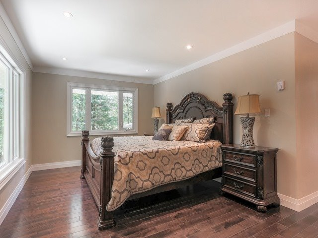 Detached at 280 Stouffville Rd, Richmond Hill, Ontario. Image 3