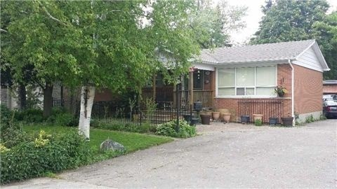 Detached at 78 Elm Grove Ave, Richmond Hill, Ontario. Image 2