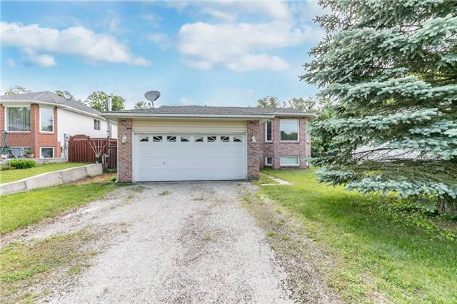 Detached at 1035 Gilmore Ave, Innisfil, Ontario. Image 1