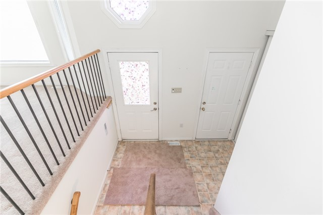 Detached at 1035 Gilmore Ave, Innisfil, Ontario. Image 15