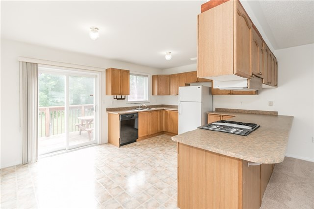 Detached at 1035 Gilmore Ave, Innisfil, Ontario. Image 18
