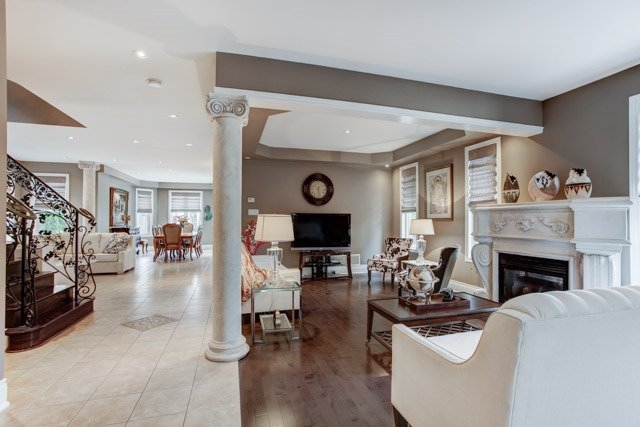 Detached at 43 Leor Crt, Vaughan, Ontario. Image 19