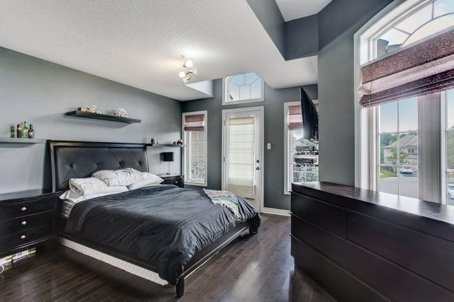 Detached at 43 Leor Crt, Vaughan, Ontario. Image 10