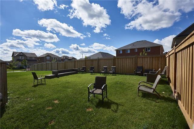 Detached at 1399 Sheldon St, Innisfil, Ontario. Image 5